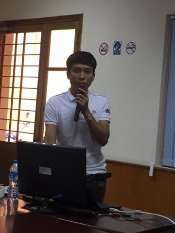 Anh Nguyễn Ngọc Khánh tại buổi chia sẻ
